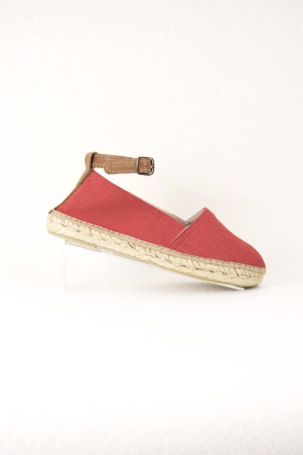 bela-rouges-espadrilles-fermees-lanieres-cuir-espadrilles-basque-espadrilles-femme-espadrilles-originales-dam-e-droles
