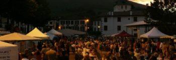 Vente d'espadrilles Dam é drôles – Marché aux grottes d'Urdax
